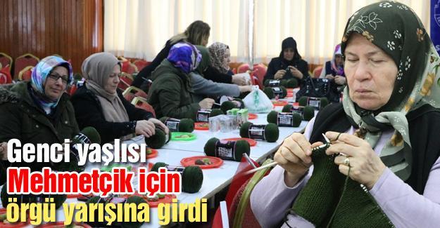 300 kadın askere bere örüyor