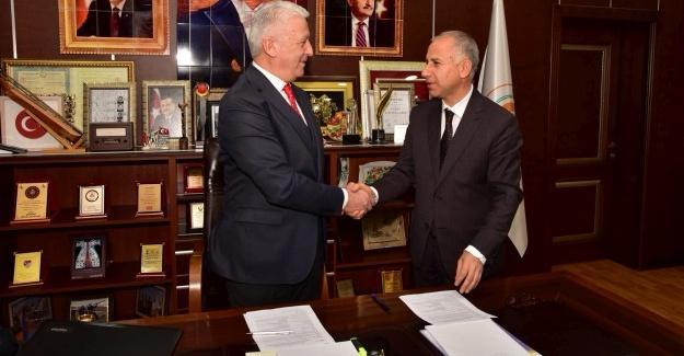 Karasu Belediyesi ile İŞKUR arasında protokol