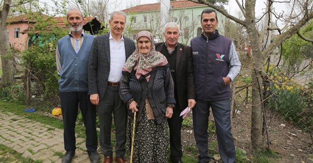 Başkan Dişli'den Yaşlılar Gününde anlamlı ziyaret