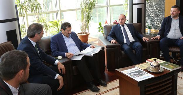 AK Parti Bölge Koordinatörü Yıldırım Serdivan'da