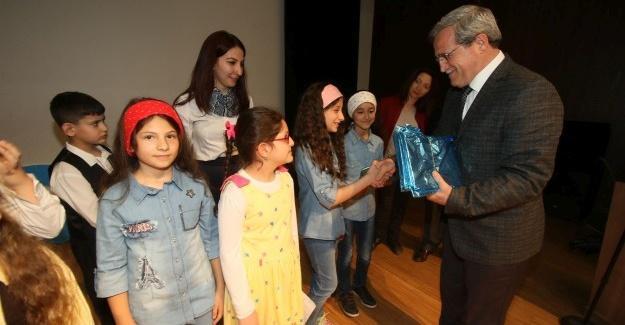 Başkan Akcan, otizm farkındalık günü programına katıldı