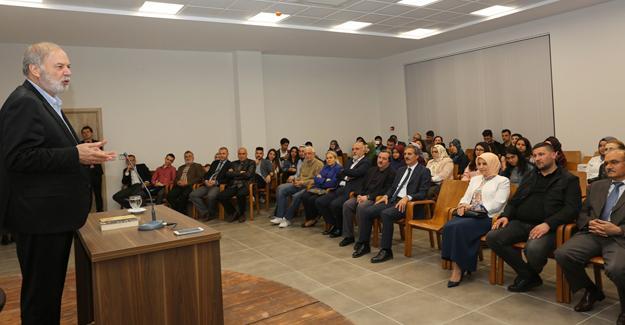 Prof. Dr. İsen'den Akademide ders