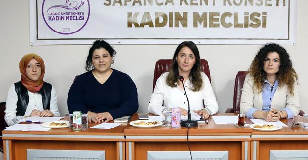 Sapanca'nın ilk kadın meclisi kuruldu