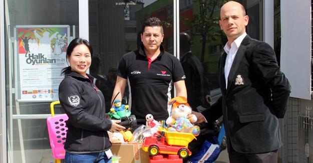 Toyota Boshoku çalışanlarından çocuklara oyuncak