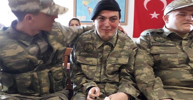 17 engelli genç temsili askerlik yaptı