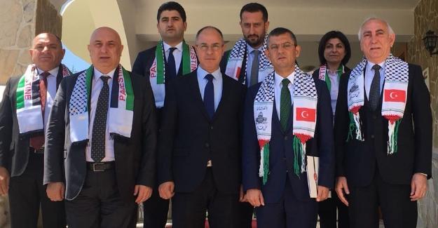 Özkoç Filistin Büyükelçisi Mustafa'yı ziyaret etti