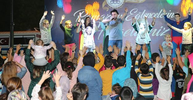 Ramazan şenlikleriyle mutlu çocuklar