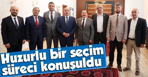 Vali Balkanlıoğlu, seçim öncesi İl Başkanları ile bir araya geldi