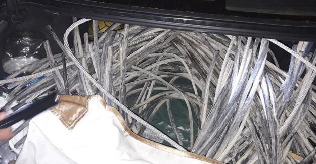 Şantiyeden 300 kg kablo çaldılar