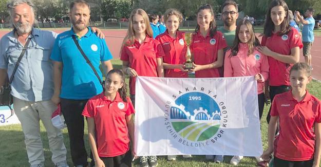 Atletizmciler Eskişehir'de kürsüye çıktı