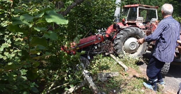 Kontrolden çıkan traktör araziye uçtu