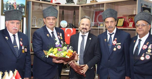 Başkan Kazan'dan son veda ziyaretleri