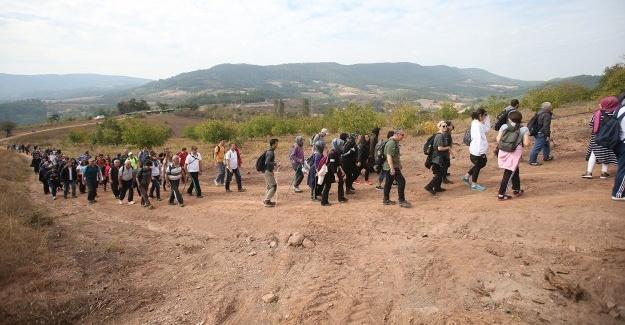 Doğa yürüyüşleri Taraklı'da başladı