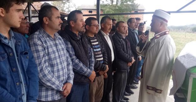 MEM Personeli Ertan Tetik'in babası toprağa verildi