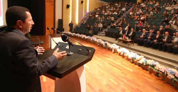 """SAÜ'de """"15 Temmuz ve Toplumsal Direniş"""" konferansı"""