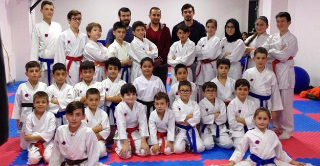 Serdivan Karate Kulübünde kuşak terfi sınavı yapıldı