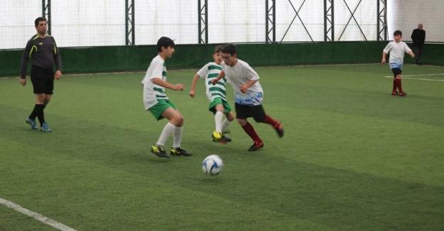 Minikler Futbol Turnuvası başladı