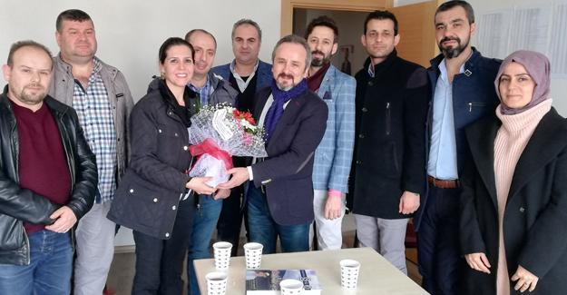 EYT'lilerden Zafer Kazan'a teşekkür