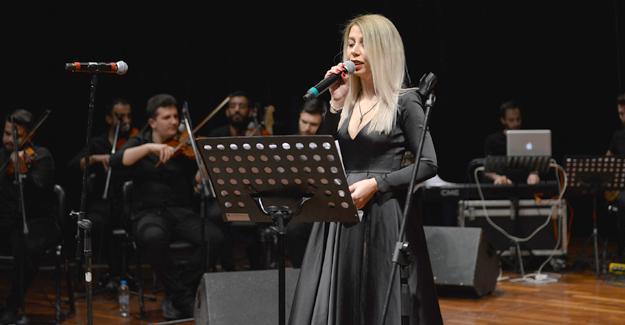 """""""Hangimiz Sevmedik"""" Türk Halk Müziği Konseri"""