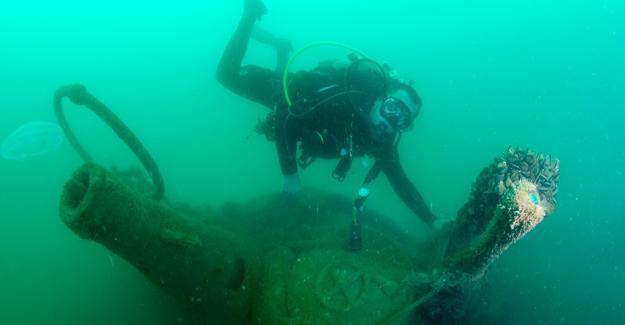 Batık U-20 denizaltısına profesyonel inceleme
