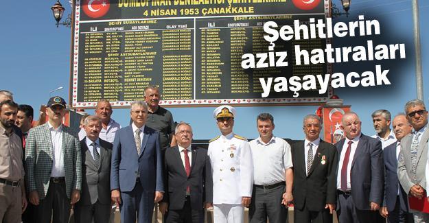Dumlupınar Denizaltısı Şehitleri Anıtı törenle açıldı