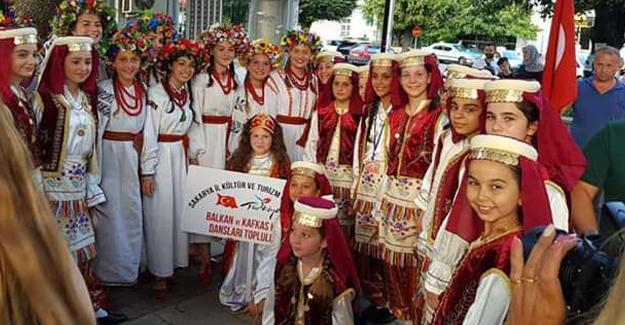 Halk oyuncularının festival başarısı