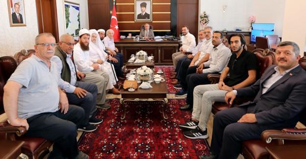 Hanedan torunu Osmanoğlu'ndan Vali Nayir'e ziyaret