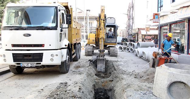 Fabrika Caddesi'nde yağmur suyu çalışmaları başladı