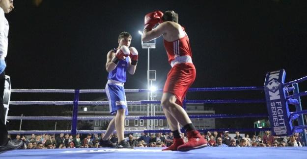 Şehit Kaymakam Safitürk anısına Boks Turnuvası düzenlendi