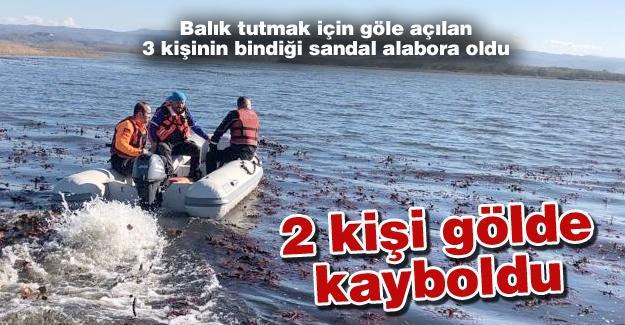 Balık tutmak için göle açılan 3 kişinin bindiği sandal alabora alabora oldu!