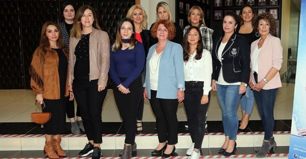 Geleceği Yazan Kadınlar Projesi'ne Sakarya damgası