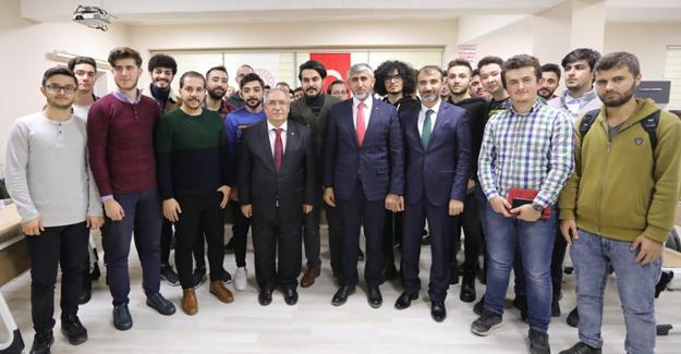 Vali Nayir Hukukhane Programında öğrencilerle bir araya geldi