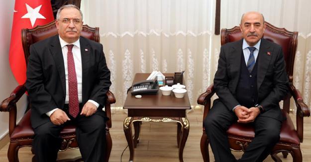 Bakan Yardımcısı Demirtaş'tan Vali Nayir'e ziyaret