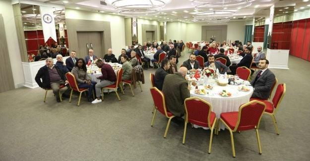 Mobilya imalatçıları ve malzemecileri istişare toplantısında buluştu
