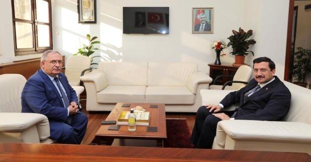 Vali Nayir'den Genel Sekreter Ak'a hayırlı olsun ziyareti