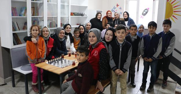 """""""Her Lisenin Bir Köy Okulu Olsun"""" projesinde kütüphane oluşturuldu"""