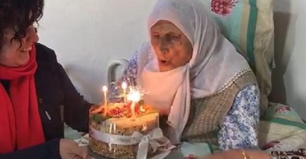 105 yaşında ilk doğum gününü kutladı