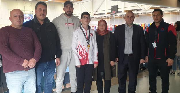 TÜVASAŞ'ın Taekwondodaki gururu Fahrettin Karabağ