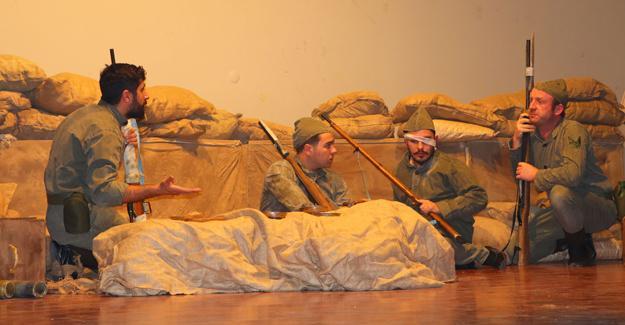 Çanakkale Zaferi'ni tiyatro ile anlattılar