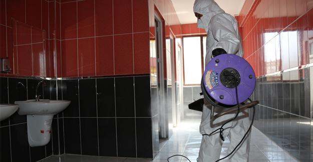 Serdivan'da tüm eğitim kurumları dezenfekte edildi