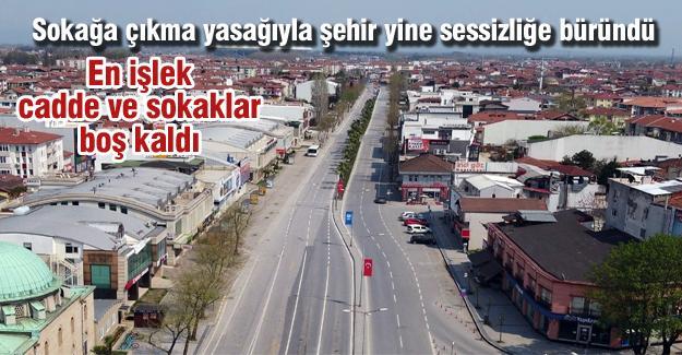 En işlek cadde ve sokaklar boş kaldı