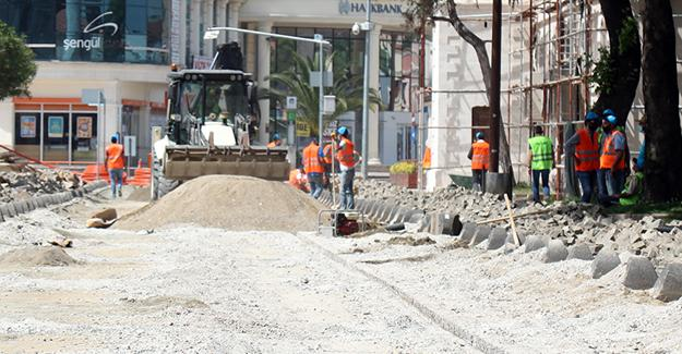Bankalar Caddesi'nin o kısmında çalışmalar başladı