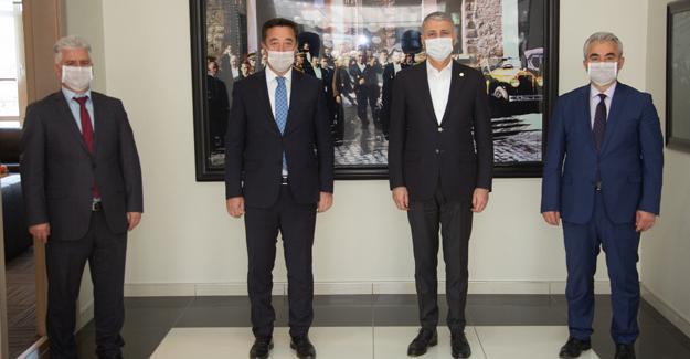 Başkan Altuğ'a Sosyal Güvenlik Haftası ziyareti