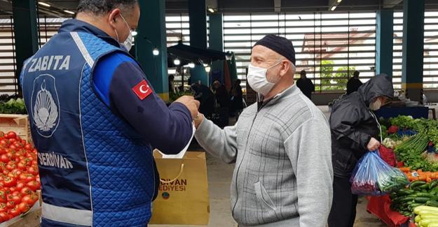 Semt pazarlarında maske denetimi