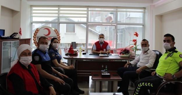 Polisler Kızılay'ın 152. kuruluş yıl dönümünü kutladı