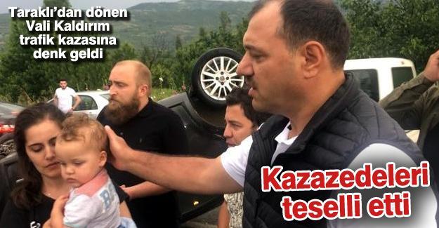Taraklı'dan dönen Vali Kaldırım trafik kazasına denk geldi