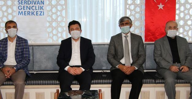 Genel Müdür Yardımcısı Ali Özdemir'den Gençlik Merkezine ziyaret