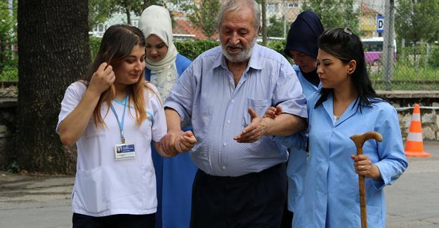 Yaşlılar için 2,6 milyonluk hibe destek