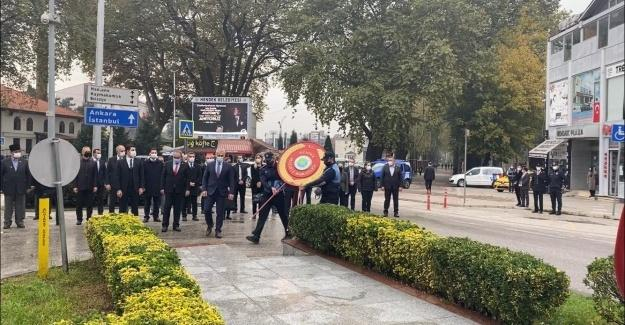 Gazi Mustafa Kemal Atatürk Hendek'te törenle anıldı