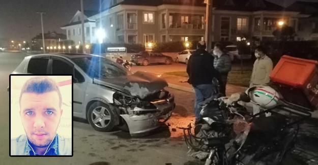Motosikletle otomobil çarpıştı! Kazada kurye genç ağır yaralandı